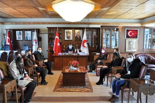 Ak Parti Kadın Kollarından Başkan Gök'e Ziyaret
