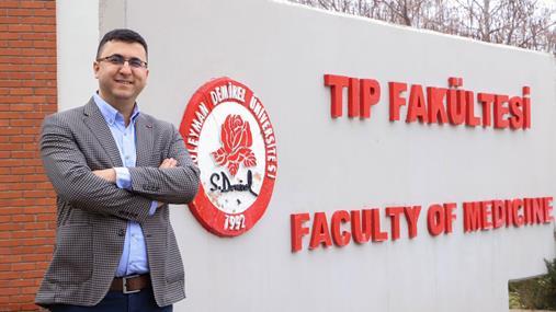 SDÜ'lü Akademisyenden Önemli Başarı