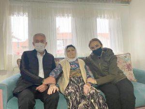 Başdeğirmen Çiftinden Asırlık Çınara Ziyaret
