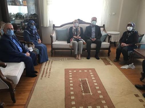 Vali Seymenoğlu Şehit  Ailelerini Ziyaret Etti