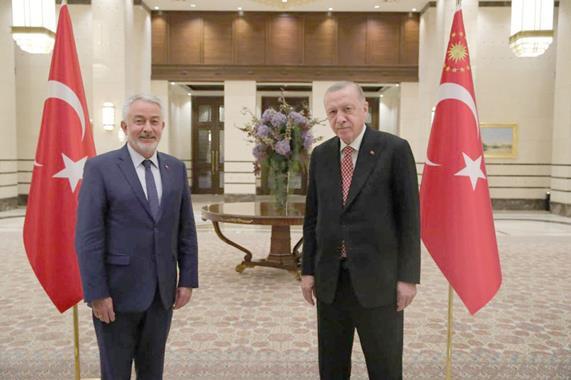 Cumhurbaşkanı Erdoğan'la Buluştu