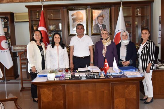 Ak Parti Genel Merkez Kadın Kollarından BaşkanGök'e Ziyaret